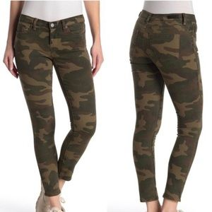 Blank NYC The Reade Crop Camo Jeans
